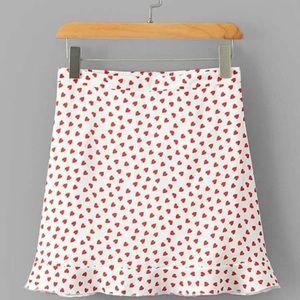 NWOT SHEIN Heart Print Ruffle Hem Skirt